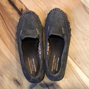 Skechers Loafers size 8